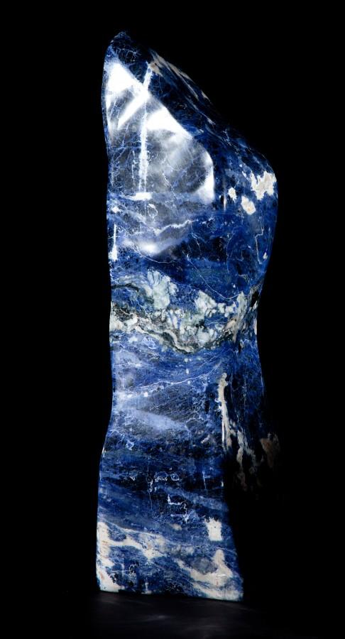 Sodalite CROPPED H 63cm W 18cm D 18cm 32kg £ 3,800