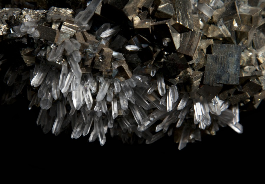 2-3-pyrite-quartz
