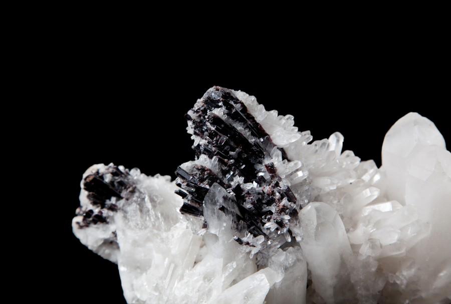 16.3 Quartz and Sphalerite