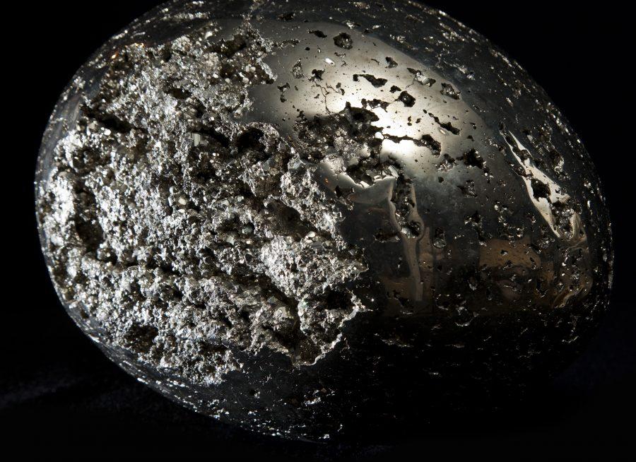 14. Pyrite Egg H26 W35 D24 .4