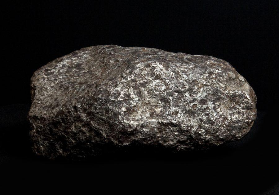 15. Meteorite H18 W38 D23 .1