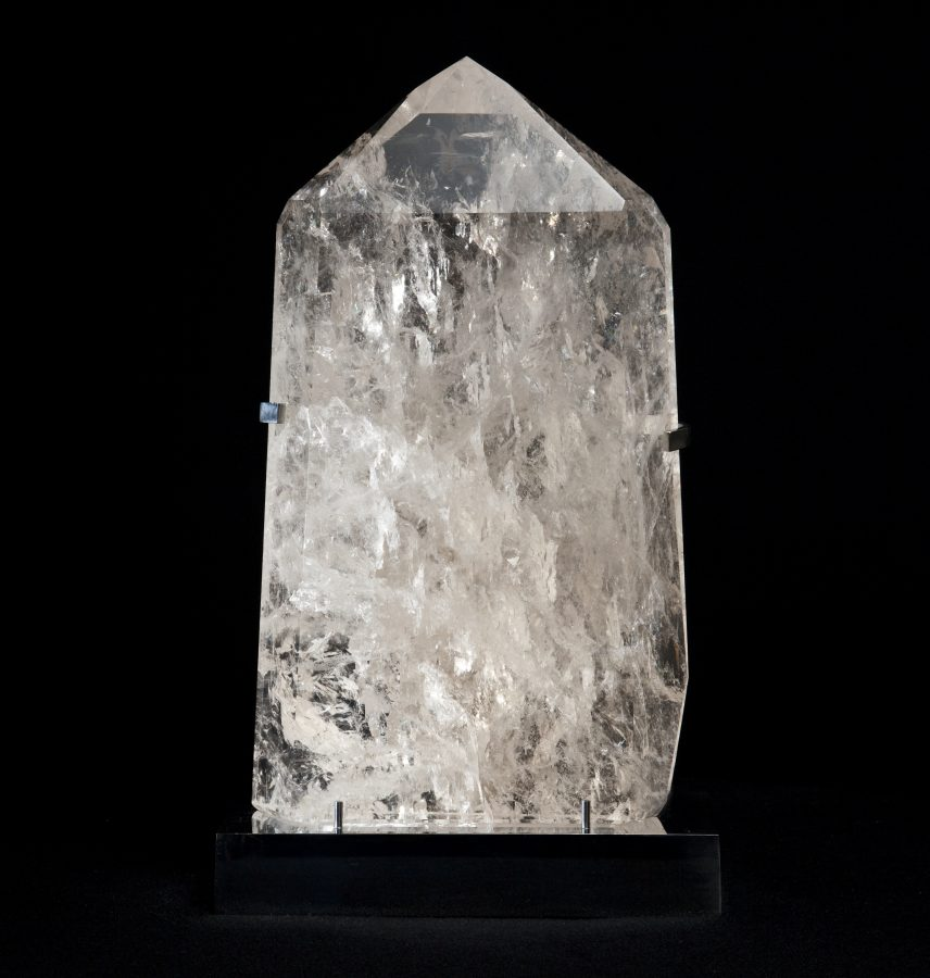 22. Quartz Mounte point H48 W28 D12 .1