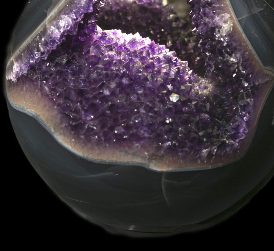 10.2 Amethyst Agate Sphere D20 cms £4.8k