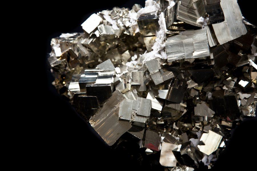 12.3 Pyrite cluster1 H22cm W30cm D16cm