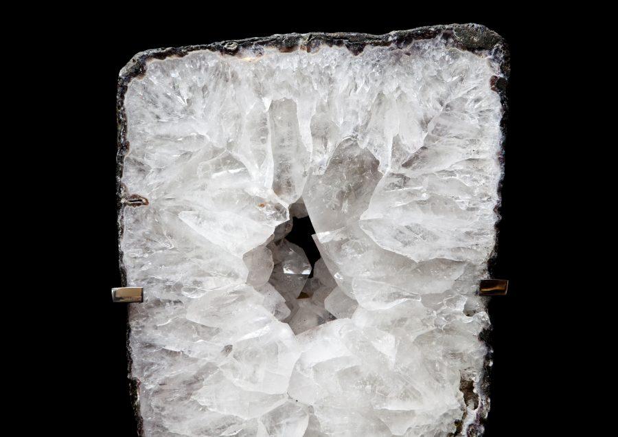6.1 Quartz Slice2 H65cm W30cm D15cm